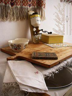 Interior Design & Einrichtungskonzepte! Luxus Möbel & kostbare Dekorationen! Kunstvoll dekorierte Immobilien, bestückt mit ausgewählten Unikaten, Antiquitäten & Raritäten aus aller Welt! Der perfekte aussergewöhnliche Wohntraum mit einer wundervollen, einladenden Atmosphäre zum verweilen, ausspannen, Gästeempfangen & Festlichkeiten feiern. Stylrichtungen wie: Vintage. Victorian. Barock. British Colonial. Shabby Chic. Mediterranean, Cottage. Landhaus. Orient. Asian. Indian. Tibet. South…