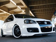 06-08 VW GTI 2.0T. Mmm I'm loving the whitewall tires.