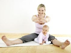 Yoga Poses For Postnatal Weight Loss-Postnatal yoga can help you recover quickly from child birth. To lose postnatal weight and get fit again, try these yoga poses. Losing Belly Fat Diet, Belly Fat Diet Plan, Lose Belly Fat, Loose Weight, Reduce Weight, How To Lose Weight Fast, Mama Baby, Yoga For Weight Loss, Healthy Weight Loss