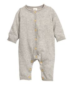 Fine-knit romper suit in soft organic cotton with roll edges, buttons down the front and at the crotch and long arms and legs. Little Boy Fashion, Kids Fashion, Baby Boy Outfits, Kids Outfits, Essentiels Mode, Romper Suit, Playsuit Romper, Knitted Romper, Handmade Clothes