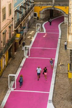 Pink Street in Lisboa (Portugal). By José Adrião Arquitectos. Portugal Travel, Spain And Portugal, Urban Landscape, Landscape Design, Tactical Urbanism, Pink Street, Urban Intervention, Public Realm, Urban Planning