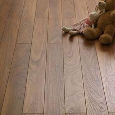Schreiber Narrow Plank Laminate Flooring Walnut [£14.99 per m squared]