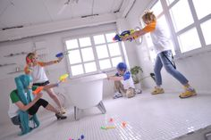 Cosplay Kagamine Rin, Kagamine Len, Kaito, Hatsune Miku (I love these people for doing this)