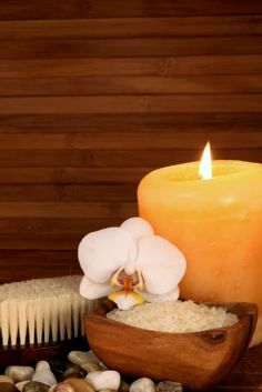 Great beachy way to display your Dead Sea Bath Salts ... very attractive ... very zen ... <3 www.24kzone.com