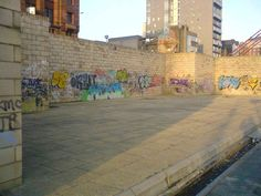 graffti in the afternoon glasgow clydeside