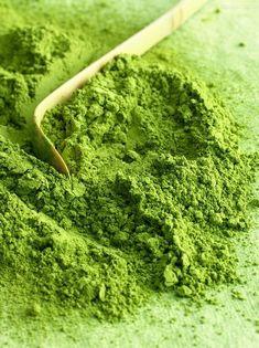 Greenery, Pantone sembra quasi un verde matcha Japanese Green Tea Matcha, Organic Matcha Green Tea, Green Teas, Coral Pantone, Pantone Color, Green Colors, Go Green, Green Fruit, Green Girl