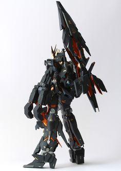MG 1/100 Unicorn Gundam 02 Banshee + Full Armor + Armed Armor DE - Customized Build