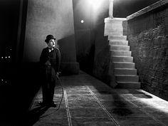 Beyond the lights. 1931. Véritable bénédiction pour les uns, tragédie artistique pour les autres, l