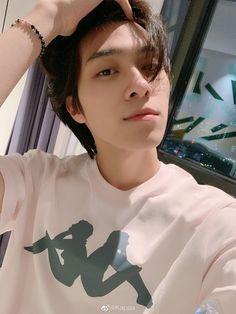 Sweet Rendezvous NCT short stories by smallnoona. Taeyong, Jaehyun, Nct 127, Yang Yang, Extended Play, Kpop, Grupo Nct, Prince Eric, Fandoms