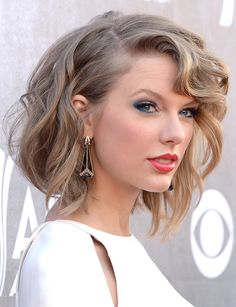 En la entrega de premio de la 'Academy of Country Music' 2014