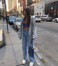 Cute aesthetic trendy outfit with mom jeans Style Outfits, Hip Hop Outfits, Indie Outfits, Retro Outfits, Cute Casual Outfits, Vintage Outfits, Fashion Outfits, Style Clothes, 90s Style