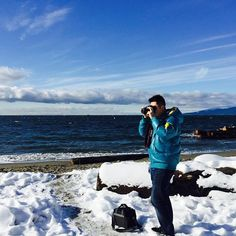 【tiger.zhong】さんのInstagramをピンしています。 《Capturing the last bits of snow before heavy rain started coming down in Vancouver #snow #rain #vancouver #canada #beach #bc #ocean blue #clouds #sunny #blueskies #colorful #温哥华 #冬天 #雪 #海 #太平洋 #camera #photo #photography #canon #canon70d #capture》