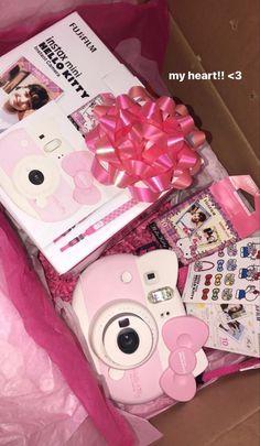 Hello Kitty My Melody, Hello Kitty Items, Loli Kawaii, Hello Kitty Birthday, Instant Camera, Pink Princess, Fujifilm Instax Mini, Sanrio, Pretty In Pink