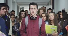 13 Reasons Why Clay Jensen ( Dylan Minnette ) 13 Reasons Why Netflix, Thirteen Reasons Why, Movies Showing, Movies And Tv Shows, Netflix Canada, Favorite Tv Shows, Thriller, Movie Tv, Tv Series