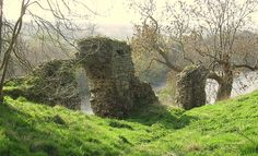 What remains of Roxburgh Castle, now a historical ruin.