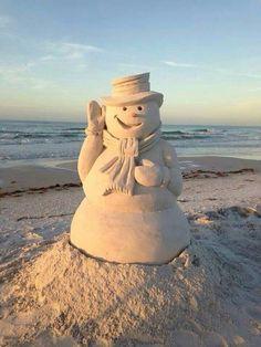 Frosty the Sandman (Snowman)- Merry Christmas San Diego! Beach Christmas, Coastal Christmas, Noel Christmas, California Christmas, White Christmas, Christmas Vacation, Tropical Christmas, Christmas Wishes, Aussie Christmas