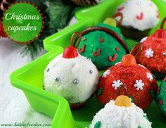 Christmas cupcakes - Christmas balls mini-cupcakes decoration ideas #Christmas, #cupcakes, #Christmasballs, #Christmasdessert