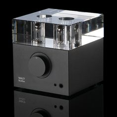 Woo Audio WA7 Fireflies    Pure Class-A tube headphone amplifier with 32-Bit, 192K USB Digital-to-Analog Converter