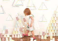Una mesa de Navidad para peques con artículos seguros y desechables #unamamanovata #niños #Navidad ▲▲▲ www.unamamanovata.com ▲▲▲