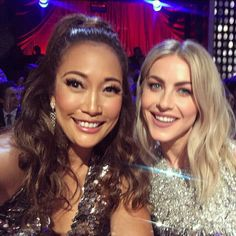 Julianne Hough and Carrie Ann Inaba♢