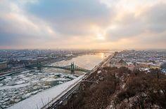 Ilyen volt a Duna jégzajlása fotósaink szemével – képgaléria | WeLoveBudapest.com Budapest, Ice, Mountains, Nature, Photography, Travel, Naturaleza, Fotografie, Photography Business