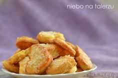 niebo na talerzu: Szybkie ciasteczka śmietankowe Snack Recipes, Cooking Recipes, Cookie Crumbs, Polish Recipes, Healthy Sweets, Onion Rings, Something Sweet, Sweet Tooth, Good Food