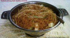 Miehun goreng babi bumbu oriental - Masakan CIna   http://aneka-resep-masakan-online.blogspot.co.id/2016/01/resep-bihun-goreng-bumbu-oriental.html