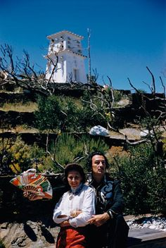 Dali and Gala. Change in the Times,he was on the Cuspe Behind him and the New in Frount ,and put it out there  Give'm Flare wake that Brain  things were up tight..