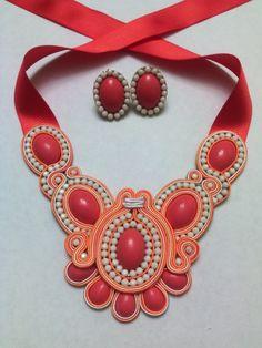 Soutache Necklace, Diy Necklace, Collars, Macrame Bracelets, Beaded Jewelry, Jewellery, Costume Jewelry, Jewelry Making, Jewels