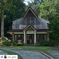 #Repost @run_gino with @repostapp Get featured by tagging your post with #Talestreet massage and spa feel the beauty of nature  #traveler #travel #travelph #talestreet #pinasmuna #instagram #myLike #spa #relax #chill #dayoff #secdea #samalisland #davao #ph #pinas #philippines #lifeishere #twitter
