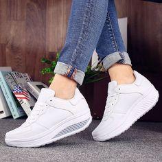 Ellie- Comfy High Trainers Shoe Basket, Baskets, Sneakers Fashion, Fashion Shoes, Sneakers Women, Women's Fashion, Fashion Women, Vegan Sneakers, Sneakers Adidas