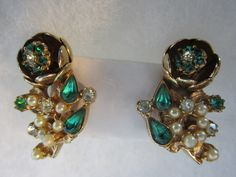 $38.00Captivating Trembler Emerald Green Flower Earrings w/ Pearls, Rhinestones - Gold Tone -Excellent Vintage by JEANIESPLACE on Etsy