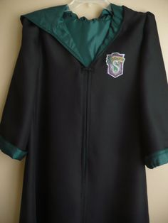 Harry Potter inspired Robe & wand, House of Slytherin #halloween