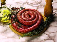 Retete mancare traditionala romaneasca : Rețetă cârnați trandafiri oltenești Sausage, Meat, Pork, Sausages