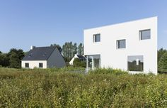 Gallery of House for a Photographer / Studio Razavi architecture - 2