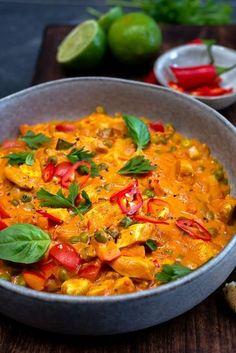 Chicken Pulao Recipe, Chicken Soup Recipes, Chicken Curry, Curry Recipes, Asian Recipes, Healthy Recipes, Indonesian Recipes, Easy Cooking, Cooking Recipes