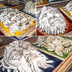 Colecção azulejos - máscaras em alto relevo presentes em emblemáticos edifícios portugueses. #portuguesetiles #tiles #tile #azulejo #azulejos #azulejoportugues #mascara #mask #horror #fear #medo #relevo #altorelevo #handmade #handpainted #design #ceramic #keramik #ceramica #lovetiles #tileaddiction #designshop #viana #vianadocastelo #tritao #medusa #teatrosaojoao #modernistica by modernistica