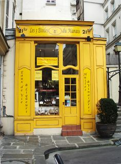 Les Trois Etoile du Marais, Paris  This establishment has changed a bit since I was last there.... happy they still kept it the sunny yellow