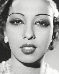 [ Josephine Baker ] bailarina.cantante y actriz 1906+1975