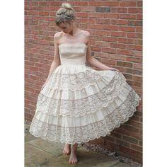 mocha cupcake vintage wedding dress