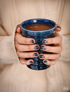 Curl Up With This Nail Art Inspiration This Winter | Beauty High