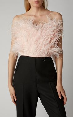 Get inspired and discover Attico trunkshow! Shop the latest Attico collection at Moda Operandi. Older Women Fashion, Girl Fashion, Fashion Outfits, Womens Fashion, Fashion Hair, Feather Dress, Aesthetic Clothes, Clothes For Women, Trending Outfits