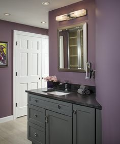 Soft colors make for a relaxing bathroom