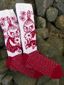 Tanssivat Puikot: Pikku Myy Baby Mittens Knitting Pattern, Lace Knitting Patterns, Knitting Charts, Knitting Socks, Free Knitting, Baby Cross Stitch Patterns, Patterned Socks, Knit Or Crochet, Yarn Crafts