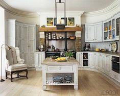 Oval English kitchen - my favorite kitchen ever
