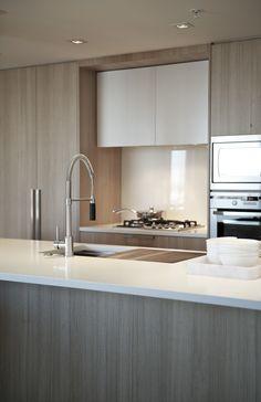 Interior design by Gaile Elliott Elliott Elliott Guevara Modern Kitchen Design, Interior Design Kitchen, Modern Interior Design, Home Design, Minimal Kitchen, Kitchen Ikea, New Kitchen, Kitchen Dining, Kitchen Decor