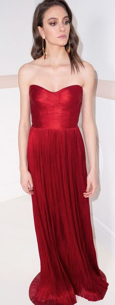 Party Looks, Prom Dresses, Formal Dresses, Red Lipsticks, Evening Gowns, Red Carpet, Celebrity Style, Metallic, Design