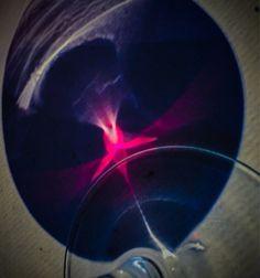 """"""" El vino se parece al hombre: nunca se sabe hasta qué punto se le puede apreciar o despreciar, amar u odiar; ni cuantos actos sublimes o cr..."""