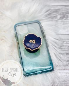 Epoxy Resin Art, Diy Resin Art, Diy Resin Crafts, Diy Crafts For Gifts, Uv Resin, Diy Home Crafts, Diy Resin Crystals, Acrylic Pouring Art, Resin Tutorial
