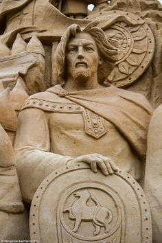 Grand Duke Vladimir Svyatoslavovich (960-1015) is known as Russian ruler who…